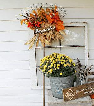 COUNTRYSIDE FRONT PORCH DECOR IDEAS FOR FALL