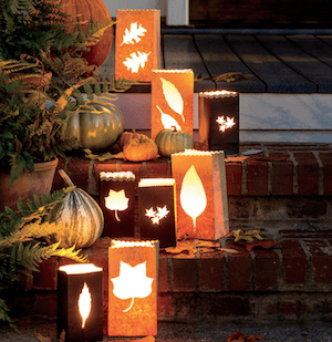 FESTIVE FALL FRONT PORCH DECOR IDEAS WITH LANTERNS