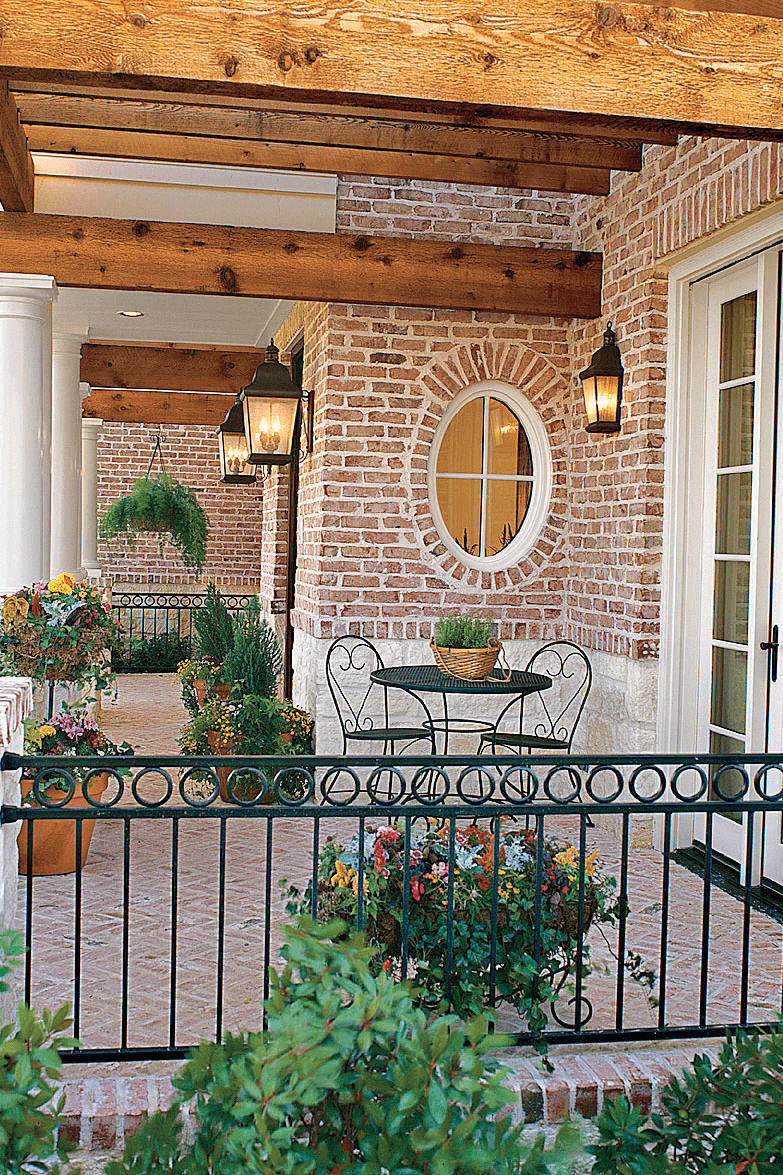 PAIR OF CHAIR AND ROUND TABLE FOR PORCH FURNITURE IDEAS