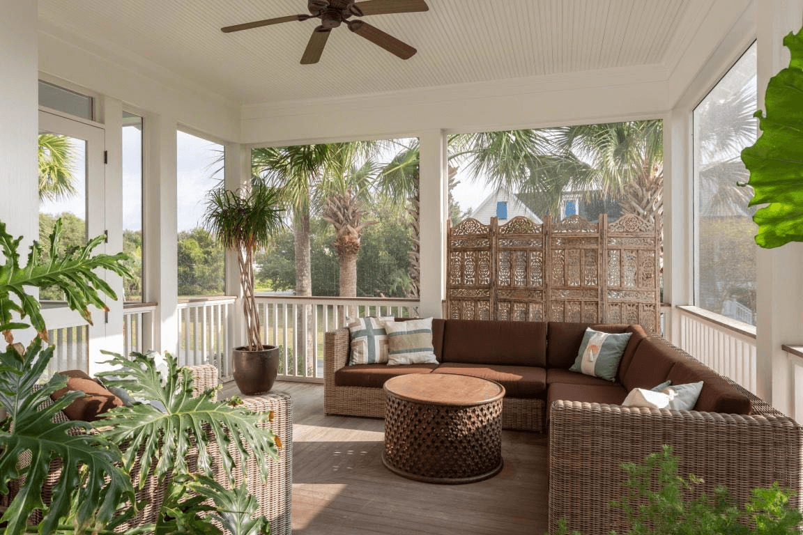 SECTIONAL SOFA FOR SCREEN PORCH