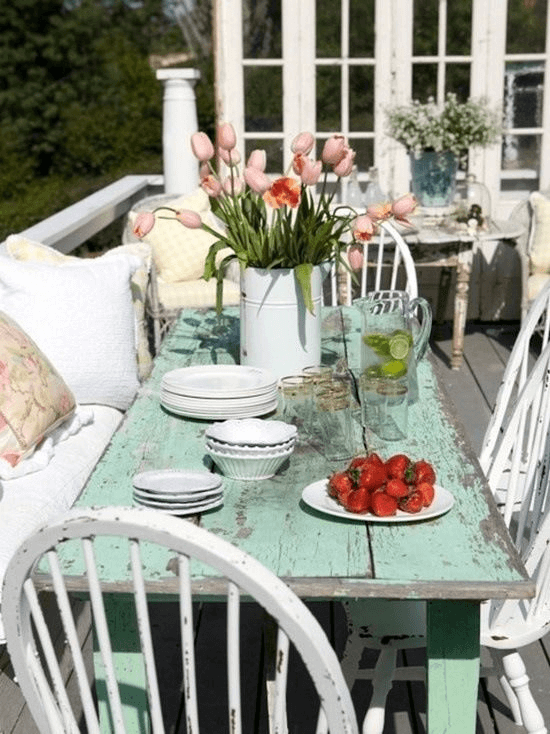 DISTRESSED MINT DINING TABLE SHABBY CHIC PORCH DECOR IDEAS