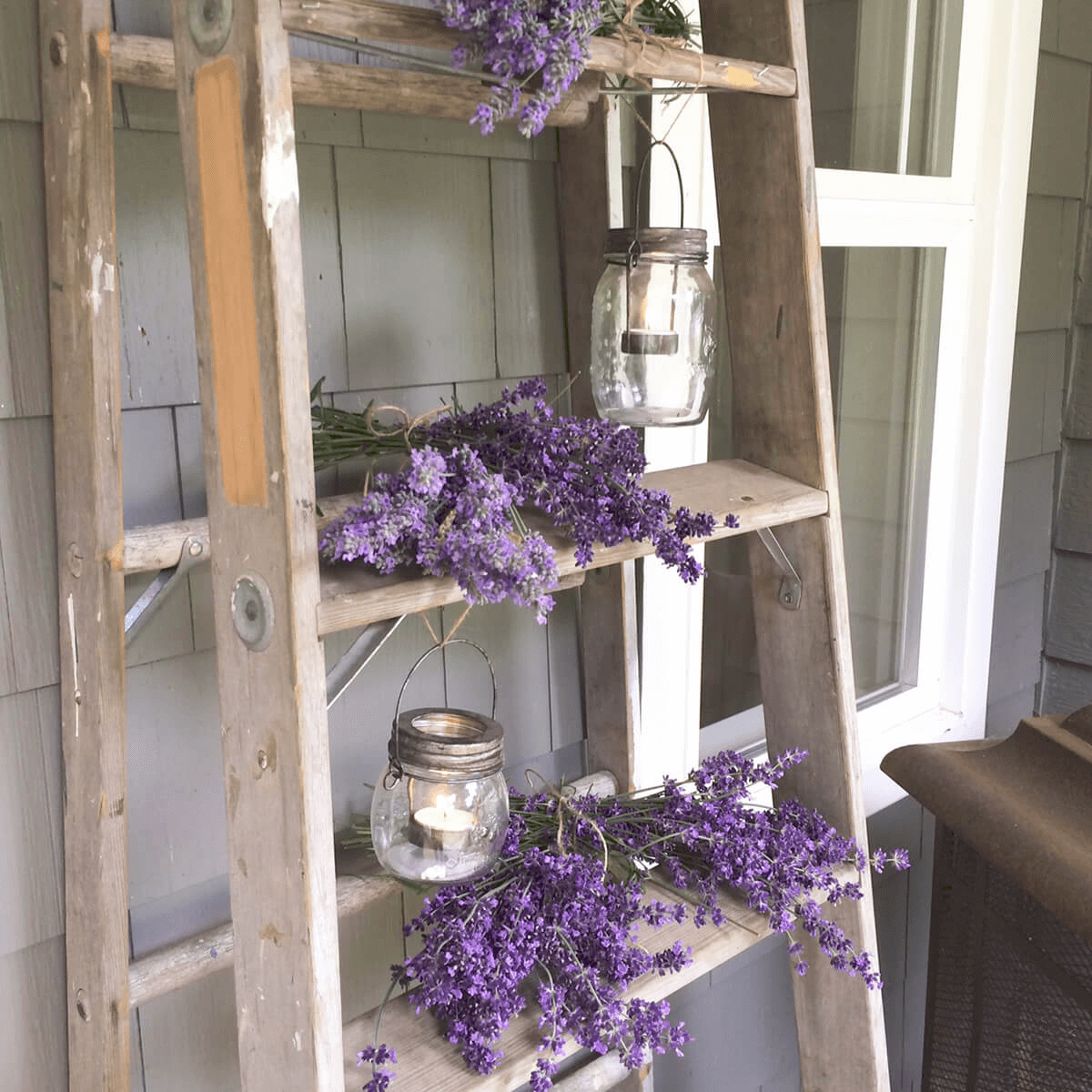 LADDER LAVENDER FARMHOUSE PORCH DECORATION IDEAS