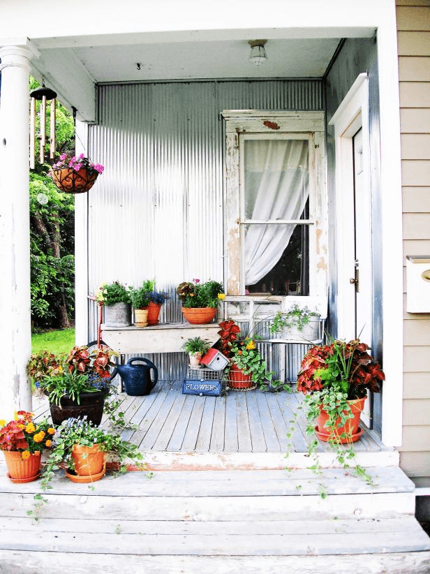 ROBINELISE SHABBY CHIC PORCH CONTAINER GARDEN DECOR IDEAS