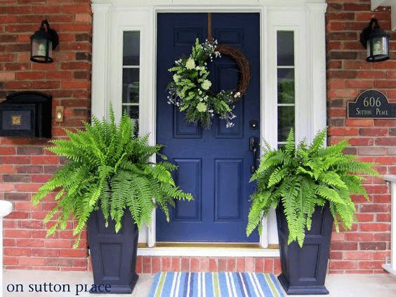 BOLD WELCOME DOOR PORCH DESIGN AND DECOR IDEAS