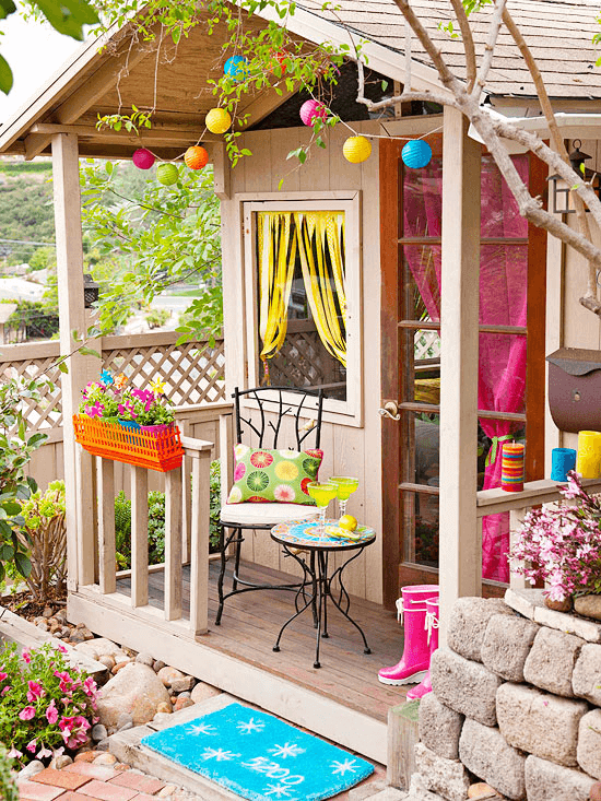 COLORFUL AND FANCY PARTY PORCH TINY HOUSE DESIGN IDEAS
