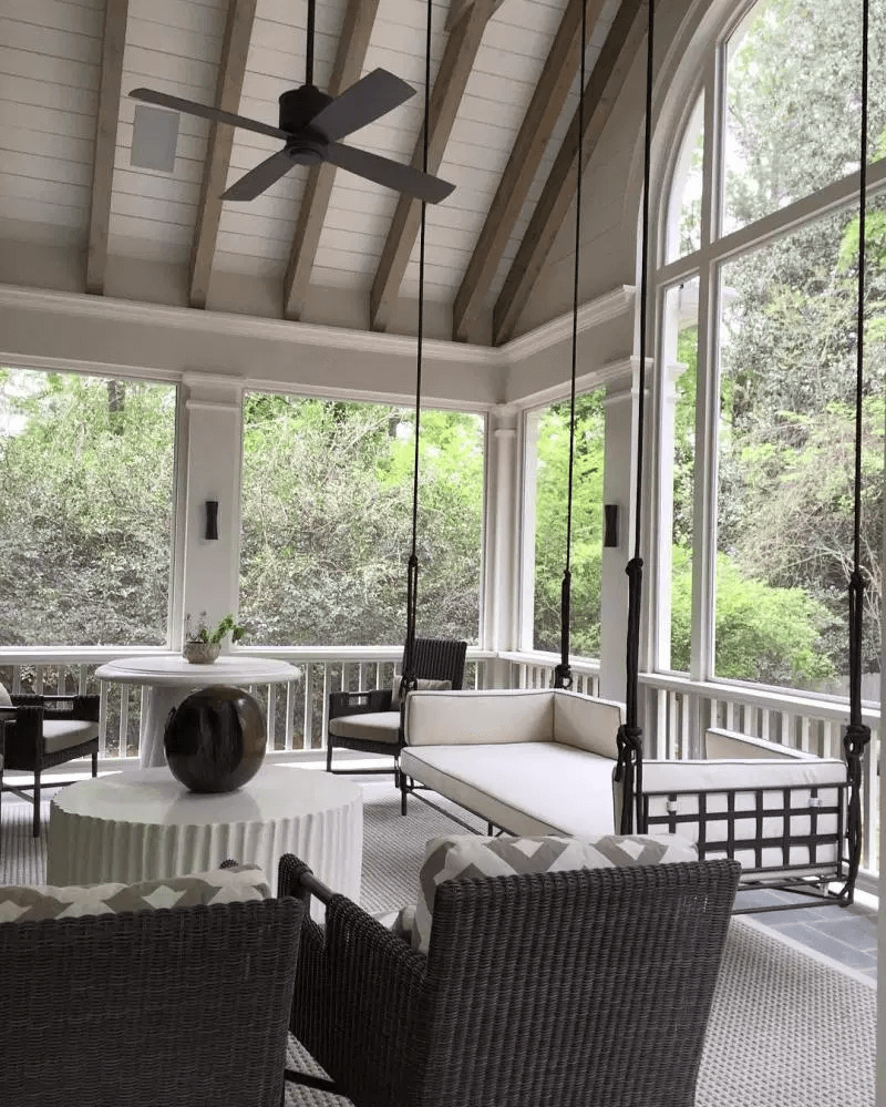 SOUTHERN MONOCHROME DESIGN IDEAS FOR COVERED PORCH