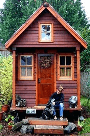 SYMETRICAL PORCH TINY HOUSE DESIGN IDEAS