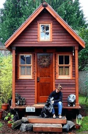 SYMETRICAL PORCH TINY HOUSE DESIGN IDEAS