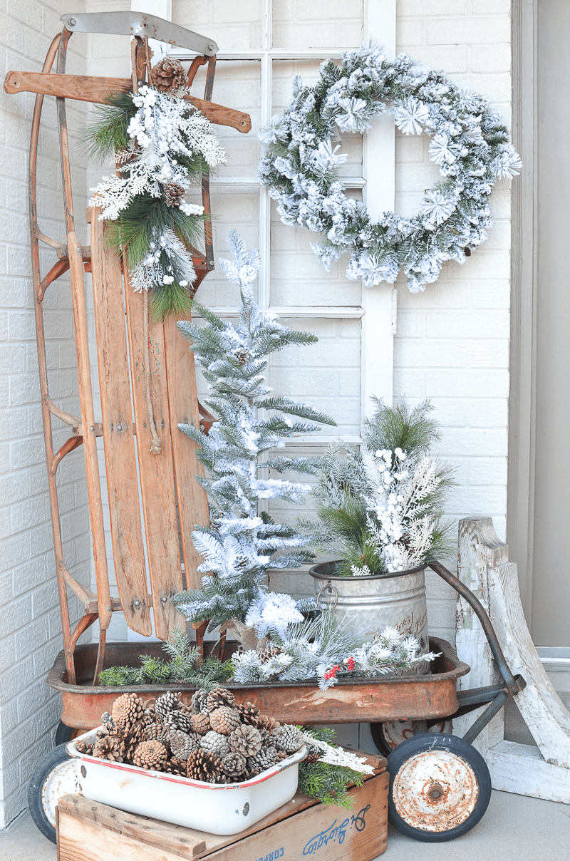 DIY DECORATION PORCH WITH VINTAGE SLEDGE