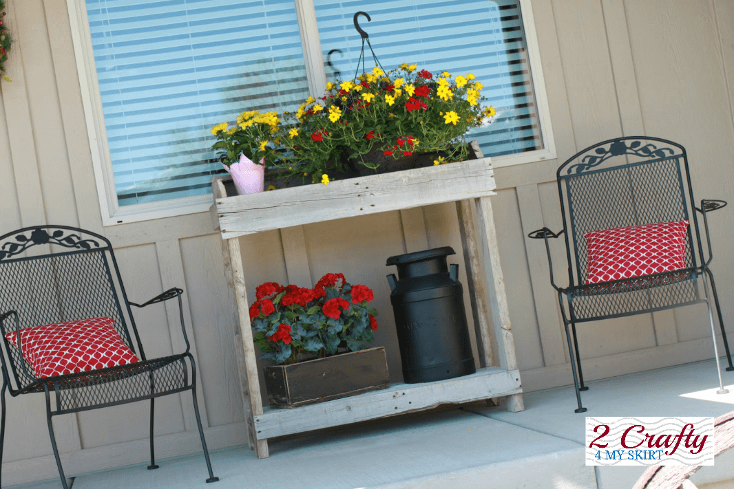 DIY POTTING TABLE FOR PORCH DECOR IDEAS SUMMER AND SPRING