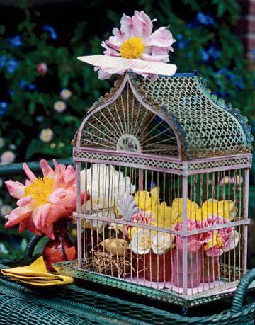 VINTAGE BIRDCAGE DECOR IDEAS FOR PORCH PARTY