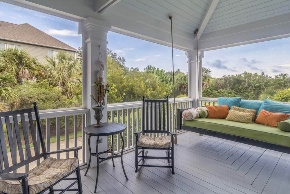 SCREENED IN PORCH SWING DESIGN IDEAS