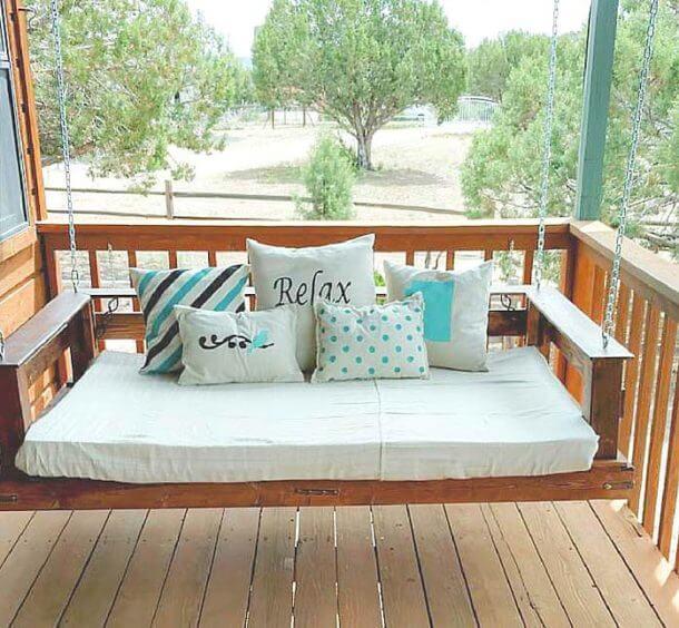 DIY HANGING BED DESIGN IDEAS TO ADOPT