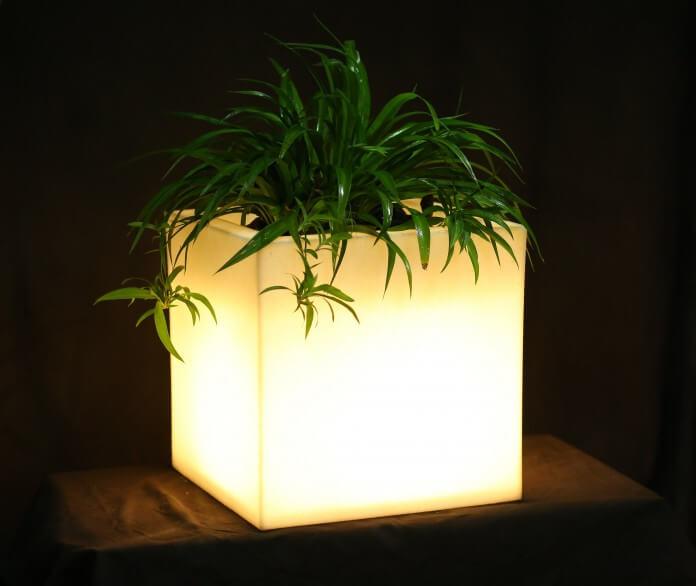 SOLAR PLANTER WHITE PORCH LIGHTING IDEAS