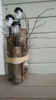 SOLAR PORCH LIGHT WITH TWIGS AND TRUNKS DESIGN IDEAS