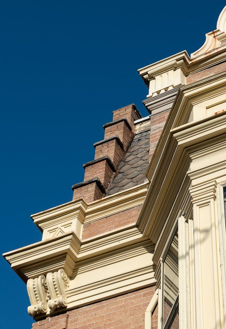 DRAW PILASTER AND ROOF FOR PORCH WITH A ROOFTOP DECK IDEAS
