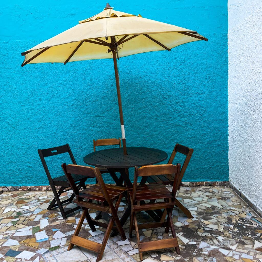 BEST SMALL PATIO TABLE SET WITH UMBRELLA