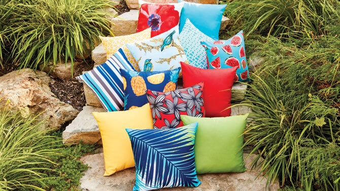 FABRIC PILLOW TEASER FOR DEEP SEAT PATIO CUSHIONS