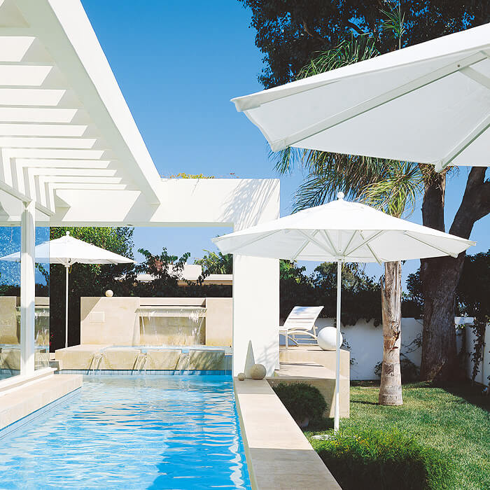 PATIO SET WITH WHITE UMBRELLA IDEAS