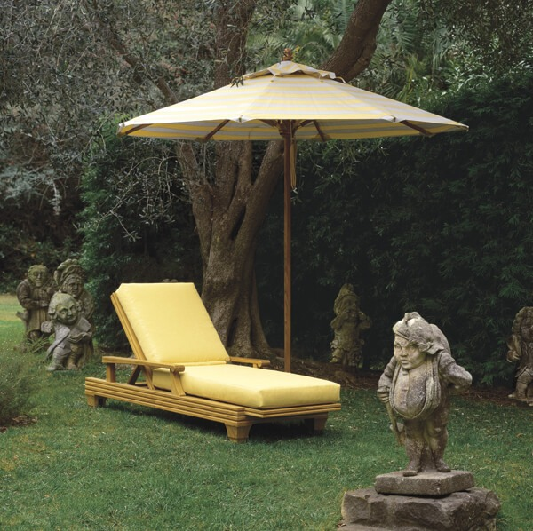 PERSONAL POOL CHAIR PATIO SET WITH UMBRELLA