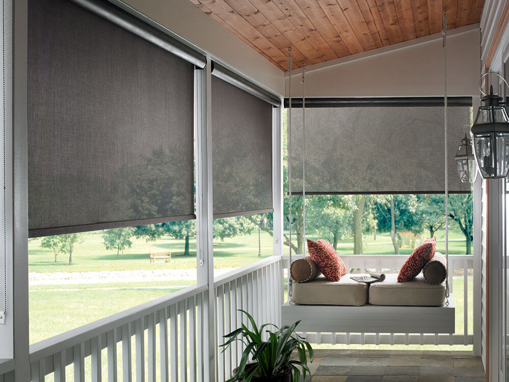 ROLLING SUN SHADE FOR PATIO