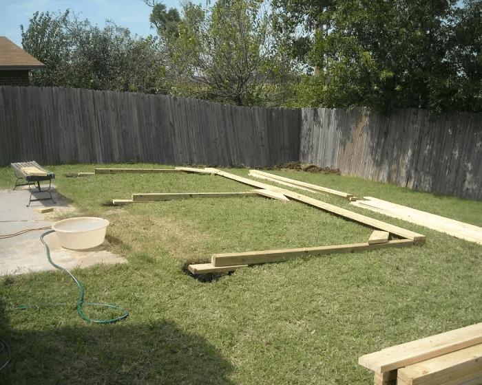 STEP 5 BUILD A PATIO COVER LEVELING THE POSTS