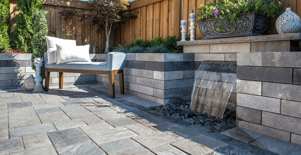 GO MODERN TO MAKE A PATIO LOOK MORE BEAUTIFULL
