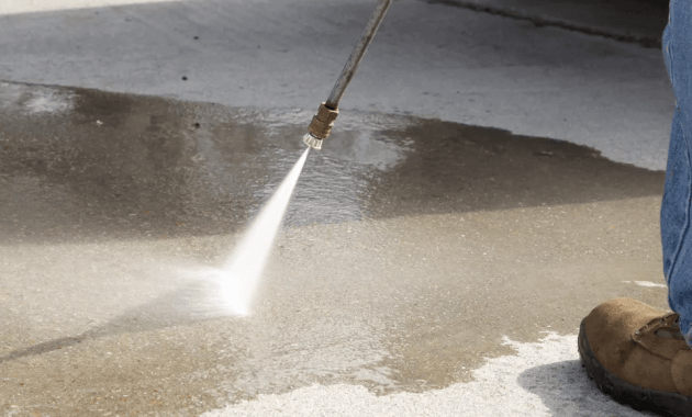 HOW TO CLEAN CONCRETE PATIO USING A PRESSURE WASHER