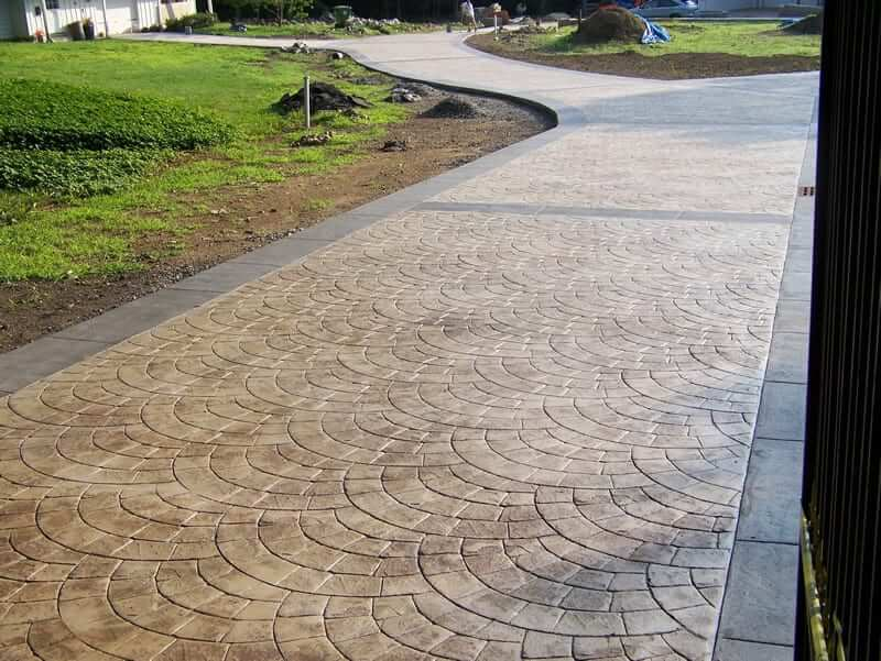 TINTED AND TEXTURED STAMPED CONCRETE PATIO IDEAS