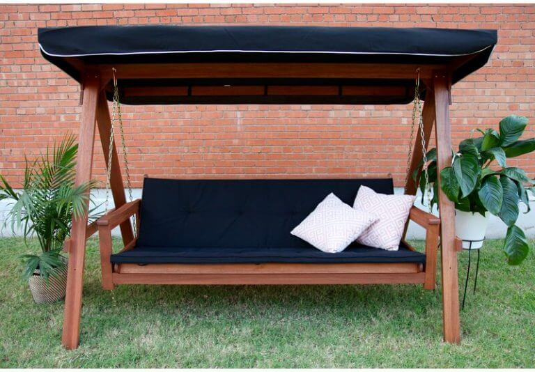 CLASSIC DESIGN 3 PERSON PATIO SWING WITH CANOPY AND INSEPARABLE CUSHION