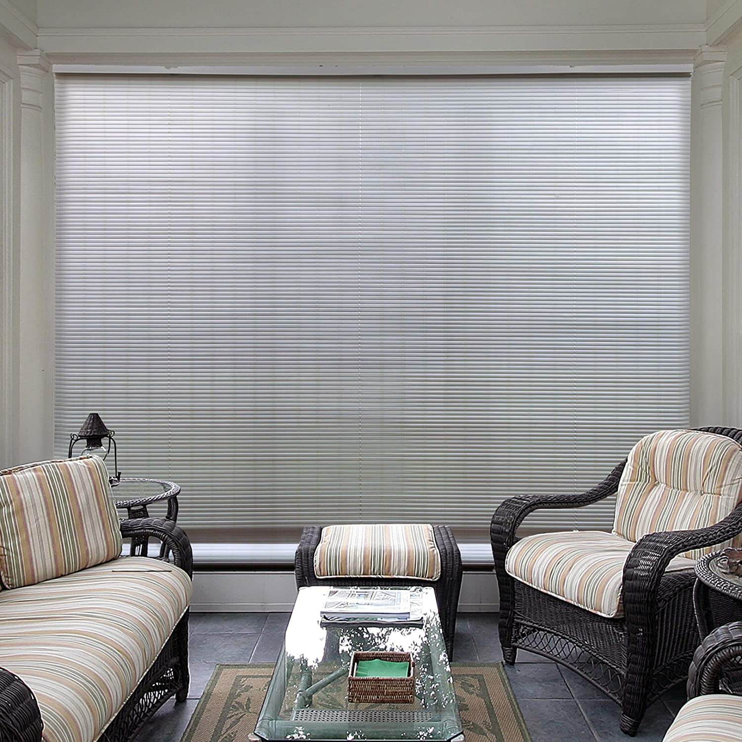 FANCY ROLL UP BINDS PATIO SHADES