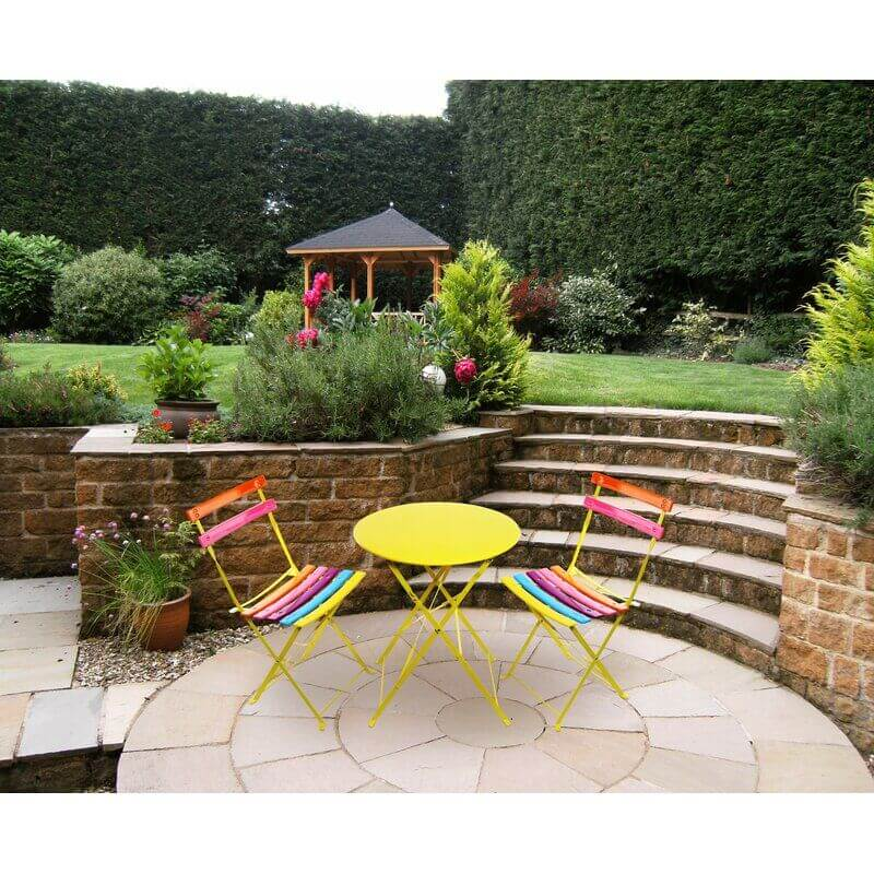 RAINBOW STRIPES ROUND PATIO TABLE AND CHAIRS