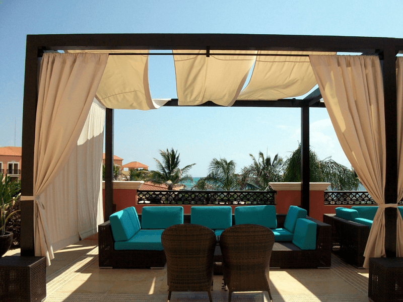 COVER THE PATIO WITH DROP CLOTH FOR INEXPENSIVE PATIO SHADES IDEAS