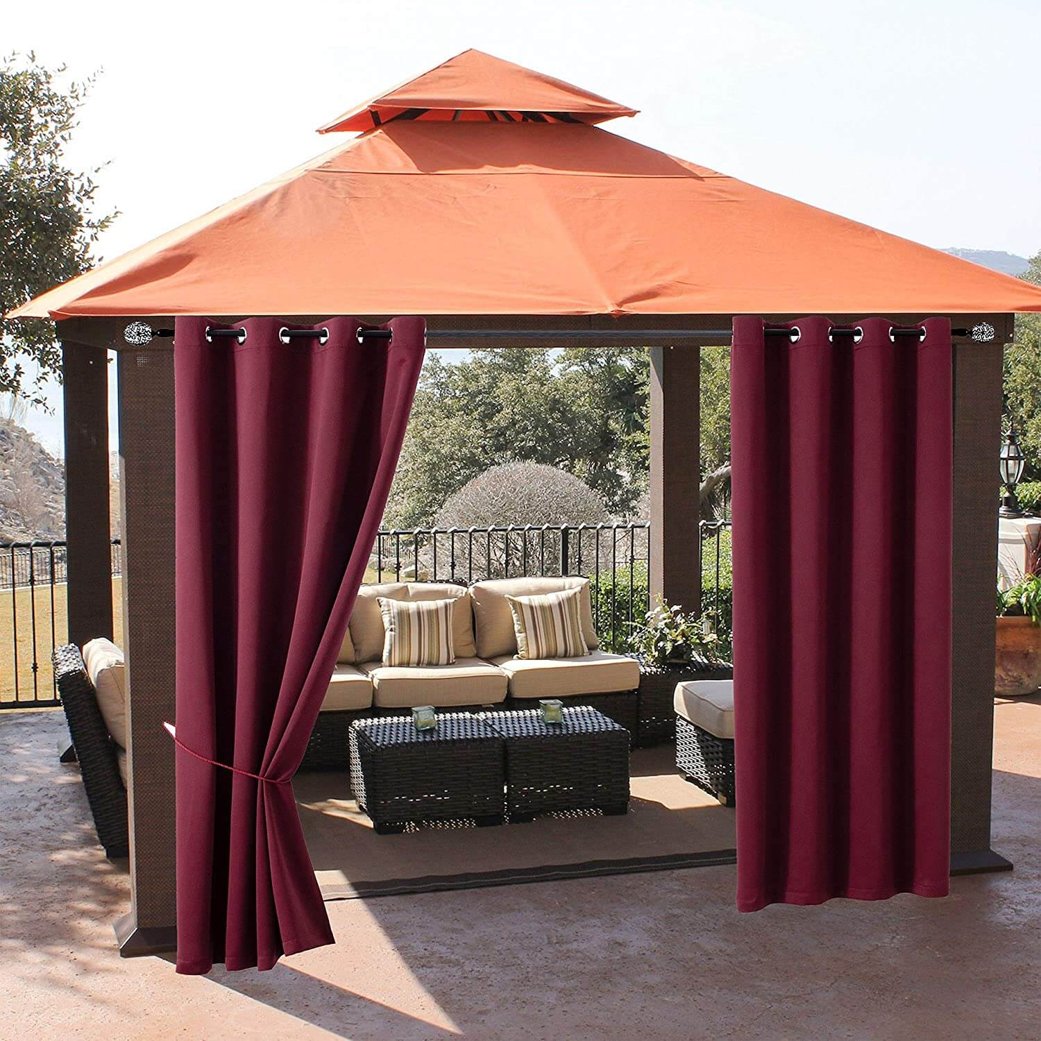 EASY INSTALLATIONA AND MAINTENANCE OUTDOOR CURTAINS FOR PATIO