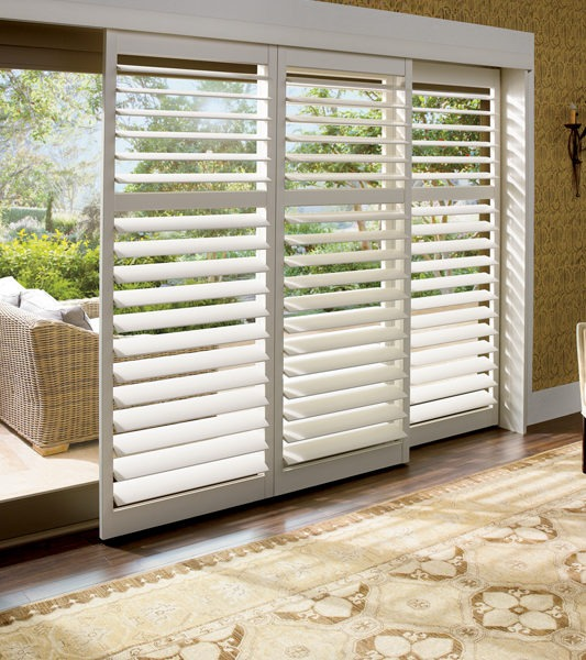 PATIO DOOR WINDOW TREATMENTS IDEAS WITH SLIDING SHUTTER DOOR